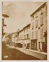 Rue Maréchal Foch  (Médiathèque Roannais agglomération- Roanne)