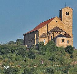 Eglise romane de Mont Saint Martin (OTPL − Dim Dom)