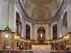 Choeur et maître autel