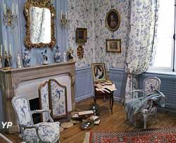 Chambre à l'alcôve