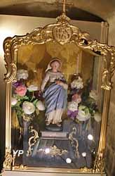 Chasse en bronze doré contenant une vierge entourée de fleurs (ateliers Lepage, XIXe s.)