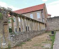 Église Saint-Pierre-aux-Nonnains