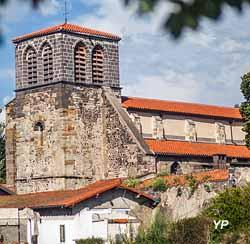Abbaye Saint-Pierre de Mozac (OT Terra Volcana-David Frobert)