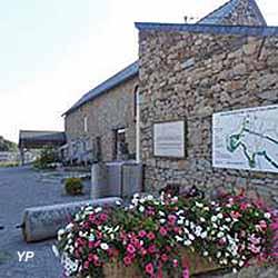 Musée du Granit  (Mairie de Bécon les Granits)