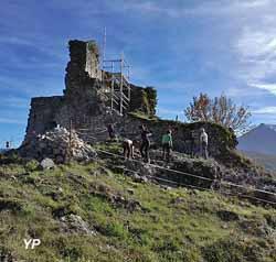 Château (Association Les 7 Collines)