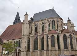 Ancienne collégiale Saint-Pierre (Mairie de Saint-Julien-du-Sault)