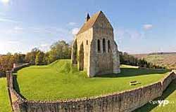 Chapelle du château de Vauguillain (Mairie de Saint-Julien-du-Sault)