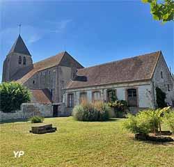Le presbytère et son jardin (Ville de Michery)