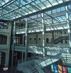 UCLy - Université Catholique de Lyon (Damien Donin)