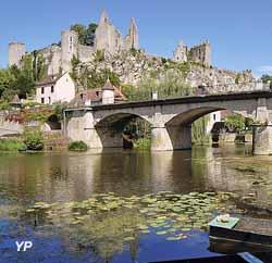 Village d'Angles-sur-l'Anglin (Deltour)