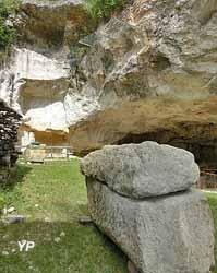 Carrières de la Lie - sarcophage (LCL71960)