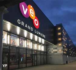 Cinéma Véo Grand Lumière Hall-In-One (Cinéma Véo )