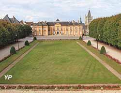 Château - Hôtel de ville