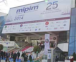 Palais des Festivals et des Congrès (Yalta Production)