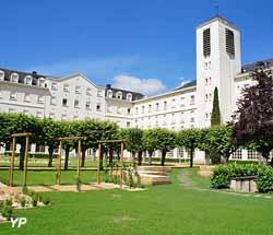 Maison Mère du Bon Pasteur (Yalta Production)
