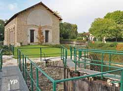 Usine élévatoire de Villers-Les-Rigault (Au Fil de l'Ourcq)
