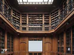 Bibliothèque Smith-Lesouëf
