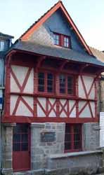 Guéméné, maison du XVe siècle (doc. OTPRM)