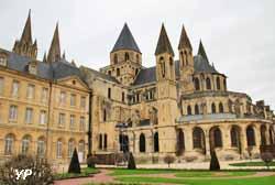 Abbaye aux Hommes à Caen (Yalta Production)