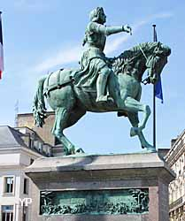 statue de Jeanne d'Arc place du Martroi