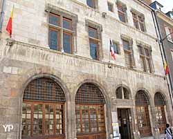 Hôtel Euverte Hatte - centre Charles Péguy (Yalta Production)