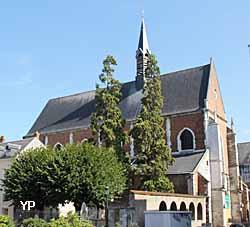 Eglise Saint Pierre du Martroi  (Yalta Production)