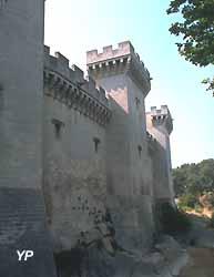 Château de Tarascon (Yalta Production)