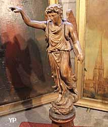 église Notre-Dame de l'Assomption - statue d'ange du XVIIIe s.