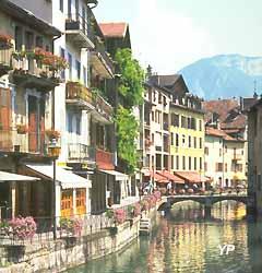 Annecy, maisons sur les rives du Thiou