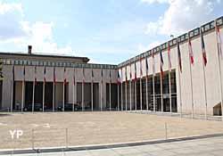 Ministère de l'Economie des Finances et de l'Industrie - centre Pierre Mendès-France