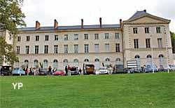 Château de Grouchy (Yalta Production)