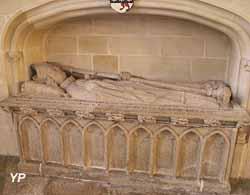 Tombeau de l'évêque de Quimper Geffroy Le Marhec